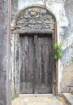 Old town Mombasa Mombasa, Arches, Old Town, Kenya, Barn, Windows, Doors, World, Frame