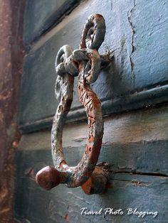 Croatian door knocker