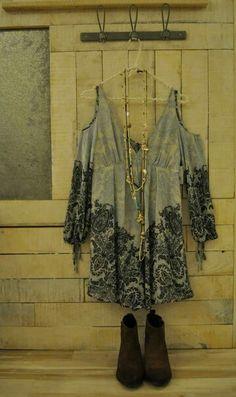 Lovely top. La Octiva. Boho Beautiful, Kimono Top, Tops, Women, Fashion, Moda, Fashion Styles, Fashion Illustrations, Woman