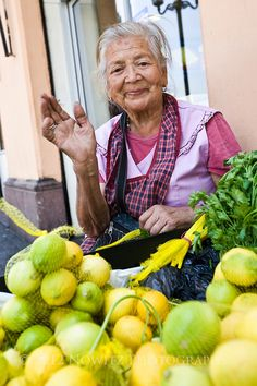 A Lemon Vendor in Santiago, Chile.(Maria Galvin selling Lemons near Central Market). Half The Sky, Traditional Market, Central Market, Living Off The Land, South America, Latin America, Working People, Photographs Of People, People Around The World