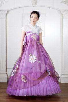 modern day hanbok~~~ so stylish!