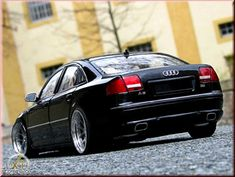 Audi A8 black wheels