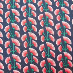 Froy & Dind Nice Black Stofbreedte 160cm, kleine print.