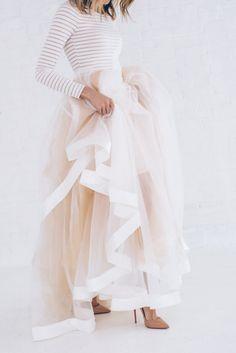6 Alternative Yet Understated Wedding Dress Styles – Vintage Styler