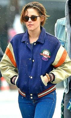 Kristen Stewart out in the LA rain, 1/11/15