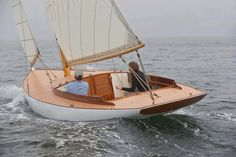 Grey weather and BOATS! Nathanael Herreshoff-designed Buzzards Bay 18 build by Artisan Boatworks Wooden Canoe, Wooden Sailboat, Classic Sailing, Classic Yachts, Cool Boats, Small Boats, Yacht Design, Boat Design, Small Sailboats