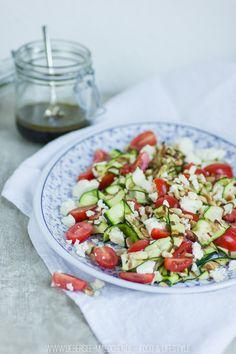 Zucchini-Salat zum Grillen - ÜberSee-MädchenÜberSee-Mädchen