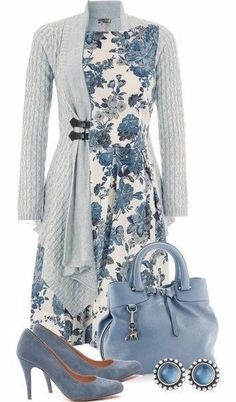floral-outfits Breathtaking Floral Outfit Ideas for All Seasons 2018 Mode Outfits, Casual Outfits, Fashion Outfits, Womens Fashion, Fashion Trends, Floral Outfits, Office Outfits, Fashion Clothes, Fashion Boots