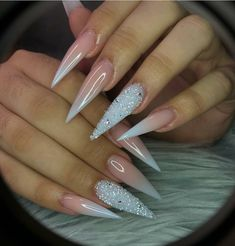 20 Pretty Nail Art Designs That Will Take Your Breath Away Dope Nails, Glam Nails, Fancy Nails, Bling Nails, Beauty Nails, Beauty Makeup, Stiletto Nails Glitter, Pointy Nails, Summer Stiletto Nails