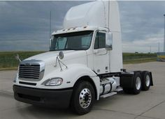 2008 #Freightliner #Columbia #tandem #axle #daycab #wholesaletrucktrader http://www.intertrucksusa.com/Truck/View/873a7678-086c-47cc-98c1-70b5acca028a