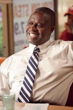 Andre Braugher I miss HOMICIDE - the series! Loved him in that!