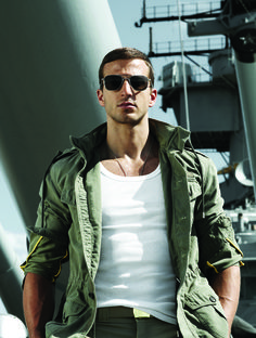 #Aviators are a military classic #RandolphUSA #RESunglasses #Sunglasses #MadeInAmerica