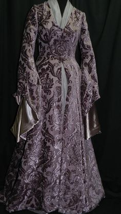 Game Of Thrones Inspired by Sansa Stark Plum dress, skirt and scarf custom made to your size! Fairytale Gown, Fantasy Gowns, Fantasy Outfits, Sansa Stark, Medieval Fashion, Long Scarf, Couture Dresses, Costume Design, Pretty Outfits