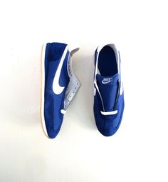 d3035e20ff8 Vintage Nike Oceania   Men s Nike Shoes   1980s Shoes   Deadstock Shoes    MIB   Size 13.5