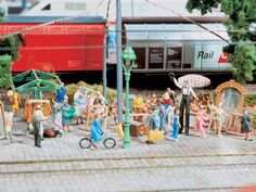 Model Railway Wiki and Shop for Model Railway Scenery and Model Railway Figures  http://www.modelleisenbahn-figuren.com