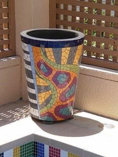 mosaic garden planters | the garden's end: Mosaic Pots by annabelle