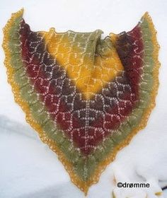 Ravelry: Freya shawl pattern by Bente Simone Knitted Shawls, As You Like, Ravelry, Knit Crochet, My Design, Projects To Try, Crochet Patterns, Knitting, Sewing