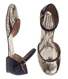 Anna Capri shoes