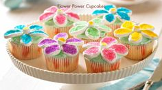 Stop and smell the marshmallows this Easter with Flower Power Cupcakes. #JELLO