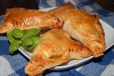 Fast Dinners, Empanadas, Turkey, Chicken, Meat, Pierogi, Dinner Ideas, Food, Turkey Country