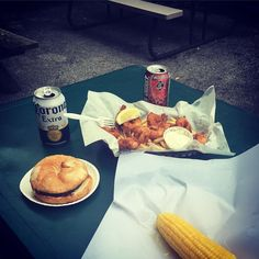Enjoy the simple things in life. #lunchtime #ny #food #monicazorrilla #cornonthecob #burger #beer #yummy