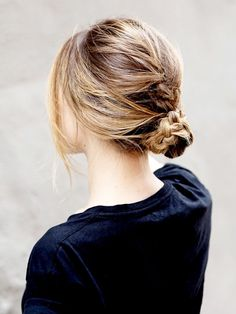 Braided messy bun: S