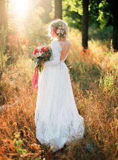 Romantic silk batiste and lace lining wedding dress door CathyTelle