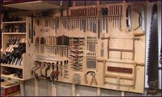 Tool wall storage forums why a wall hanging tool chest over a tool display wall workshop Woodworking Tools For Sale, Woodworking Shop Layout, Woodworking Hand Tools, Easy Woodworking Projects, Woodworking Beginner, Workshop Storage, Workshop Organization, Workshop Ideas, Tool Wall Storage