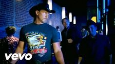 News Videos & more - Trace Adkins - Honky Tonk Badonkadonk - the best music videos Country Music Videos, Country Songs, Country Guys, Country Living, My Music Playlist, Music Songs, Music Mix, Good Music, Relaxing Songs