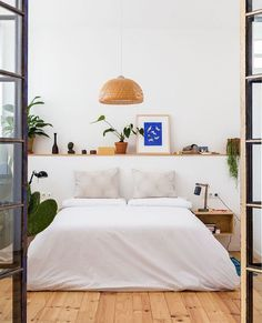 Perfectly minimal bedroom  #hesbystyle  @archdigest