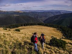 Overview - guided hiking tour in iezer papusa mountains. Light Photography, Beauty Photography, Hiking Tours, Mountain Village, Healthy Food Choices, Inspirational Videos, Outdoor Activities, Romania, Mountains