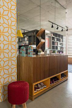 Interior Exterior, Interior Architecture, Home Furniture, Furniture Design, Studio Apartment Design, Retro Renovation, Interiores Design, Decoration, Sweet Home