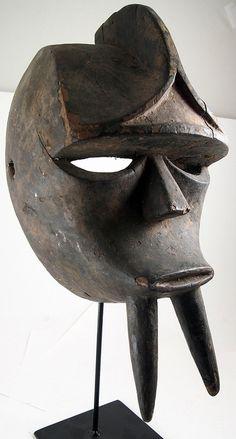 """Gorilla """"Gon"""" mask, Kwele, Gabon"""