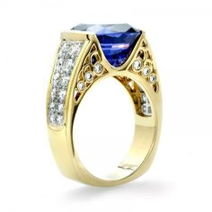 Tanzanite and Diamond Ring // J. Jewelry Art, Jewelry Rings, Jewelry Accessories, Women Jewelry, Jewelry Design, Tanzanite Jewelry, Tanzanite Ring, Male Rings, Rings For Men