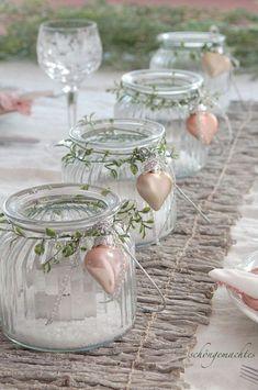 Mason Jar Centerpieces, Mason Jar Diy, Mason Jar Crafts, Wedding Centerpieces, Centerpiece Ideas, Christmas Yard, Christmas Crafts, Christmas Decorations, Christmas Ornaments