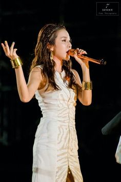 Picture of Sandara Park Sandara 2ne1, Sandara Park, 2ne1 Dara, Cl 2ne1, Jiyong, Old Pictures, Girl Crushes, Kpop Girls, Beauty Women