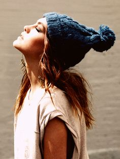 Wooly hat. I've a purple one just like this: my fav