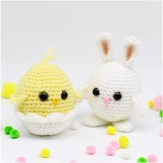 Pattern for Baby Chick and Easter Egg Bunny is now up on the blog! >>> helloyellowyarn.com . . . . #crochet #crochetaddict #helloyellowyarn #crochetersofinstagram #amigurumi #crocheting #amigurumist #crocheted #crochetpattern #babybunny #eastereggbunny #amigurumibunny #crochetbabychick #easter