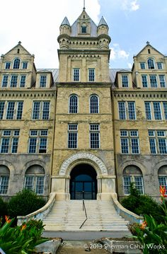 The Tennessee State Penitentiary is a sight for… sore eyes?