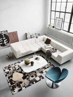 An interior design service tailored to you. BoConcept is a Danish furniture store that turns houses into modern homes. Browse our designer furniture. Interior Design Examples, Interior Design Inspiration, Modern Interior, Interior Architecture, Minimalist Home Decor, Living Room Inspiration, Daily Inspiration, Living Room Interior, Furniture Design