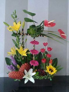 analogo Altar Flowers, Church Flowers, Diy Flowers, Flower Decorations, Hotel Flower Arrangements, Hotel Flowers, Bouquet, Special Flowers, Arte Floral