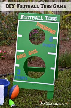 DIY football toss game tutorial. Great fun for a party or family holiday game.