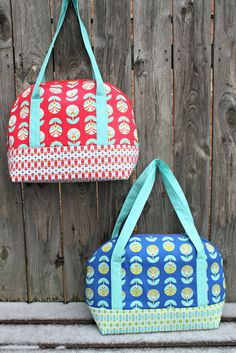 Aeroplane Bag Pattern by Sew Sweetness using Color Me Retro!