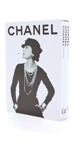 Books with Style - Chanel