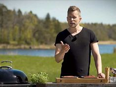Grilltips – så lyckas du med köttet på grillen | Aftonbladet Mens Tops, Frases