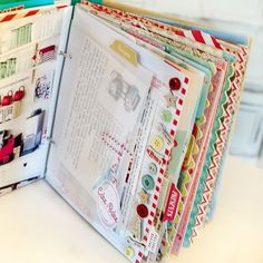 December Daily, Daily Day, Scrapbook Recipe Book, Mini Scrapbook Albums, Scrapbook Journal, Scrapbook Pages, Book Making, Card Making, Christmas Journal