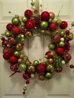 christmas wreath- like the colors and sparkly ornament balls. Would incorporate balls in wreath.