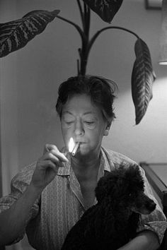'Dorothy Parker American author and wit laureate of the New Yorker and Algonquin Round Table Vogue January 1959 ' Dorothy Parker, Writers And Poets, American Poets, Gone Girl, Important People, The New Yorker, Cool Photos, Black And White, Portrait