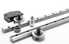 Designing linear motion tracks for robotic positioning