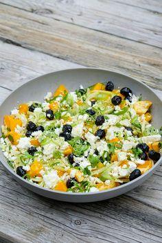 Salad Bar, Side Salad, Fodmap, Detox Lunch, Lunch Restaurants, Olives, Feta Pasta, Vegetarian Recipes, Healthy Recipes